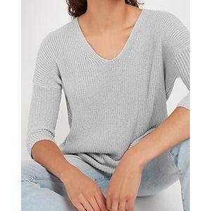 EXPRESS Soft Knit V-Neck Sweater NWT